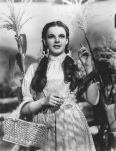 wiki-The_Wizard_of_Oz_Judy_Garland_1939