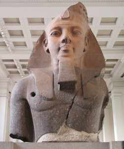 625px-2-Statue_of_Ramesses_II_at_the_British_Museum
